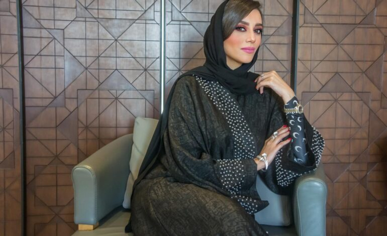 FASHION AND MODESTY: A TWO WAY STREET FOR ABAYAS.